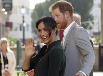 Nie milkną plotki o ciąży księżnej Meghan! Ta stylizacja rozwiała wątpliwości?