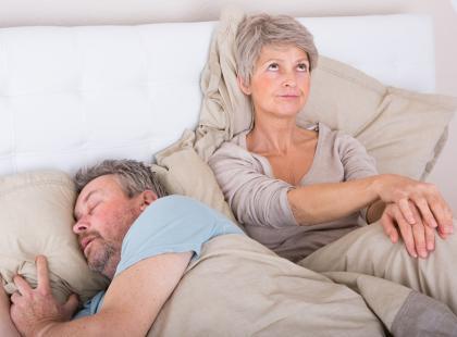Nie mogę spać przez chrapanie męża!