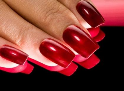 Niech żyje kolor! - paznokciowe trendy na wiosnę i lato 2009