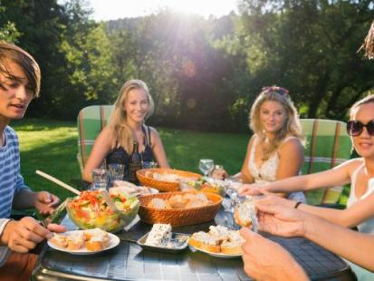 Niezbędne akcesoria na garden party – lato 2016