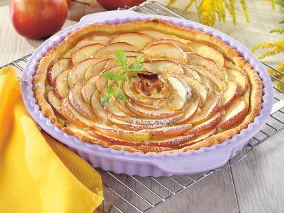 Niezwykle słodka i owocowa - sprawdź przepisy na tartę z jabłkami