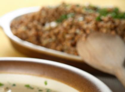 Niskokaloryczna zupa grzybowa z ryżem na wiosnę