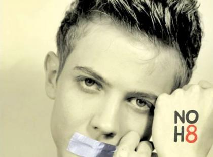 NOH8 - Mateusz Pirszel i Polska przeciwko dyskryminacji