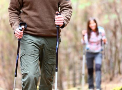 Nordic walking – marsz z kijami