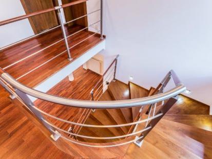 Nowoczesne schody do twojego wnętrza