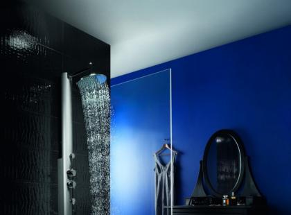 Nowoczesny minimalizm - szkło i stal w łazience