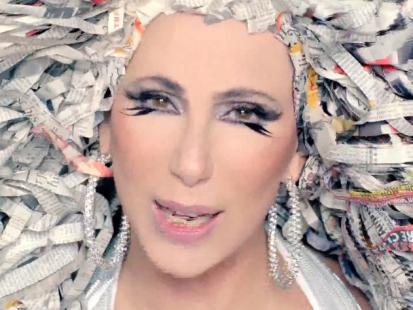 Nowy teledysk Cher - Woman's World na video