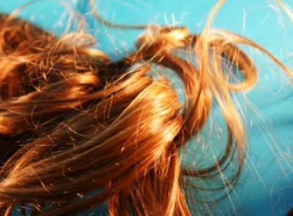 O myciu włosów