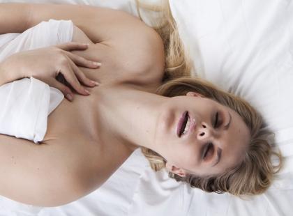 Obalamy 10 mitów na temat kobiecej masturbacji!