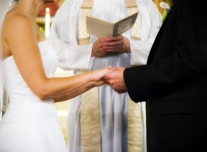"""""""Oddawaj się z radością mężowi"""" - radzą na kursach przedmałżeńskich we Wrocławiu"""
