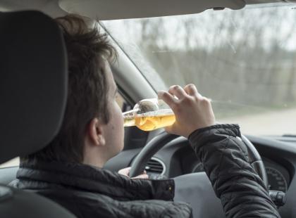 Odebrała kluczyki pijanemu kierowcy. Ten sam oddał jej prawo jazdy. Brawo!