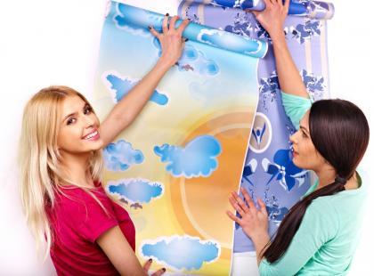 Odmień wnętrze tapetą! Jakie tapety na ścianę wybrać, by zachwyciły?