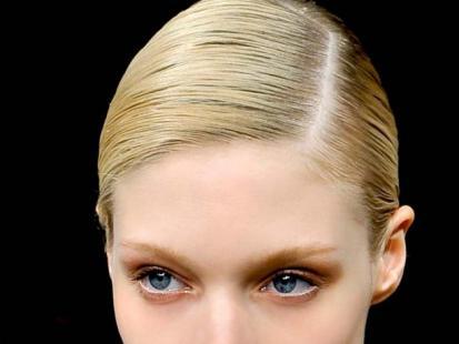Odświętna fryzura: Idealnie gładkie