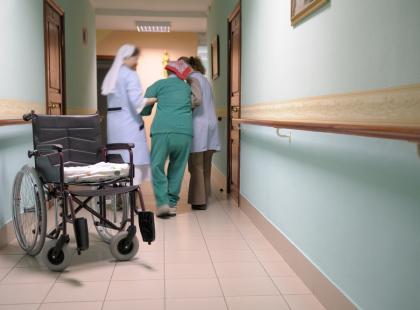 Opieka długoterminowa osób przewlekle chorych