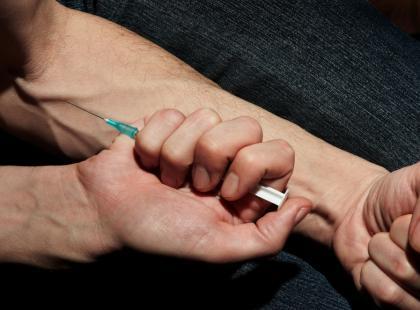 Opioidy - narkotyki czy środki przeciwbólowe?