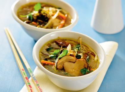 Orientalna zupa z grzybami