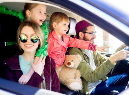 Oto 10 rzeczy, które każdy rodzic musi mieć w aucie
