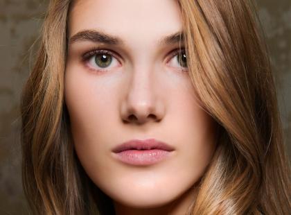Oto kosmetyki, których możesz użyć do makijażu brwi. Poznaj nasze typy!