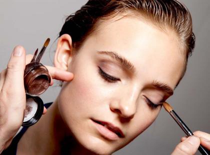 Otwórz oko makijażem - nasze tricki!