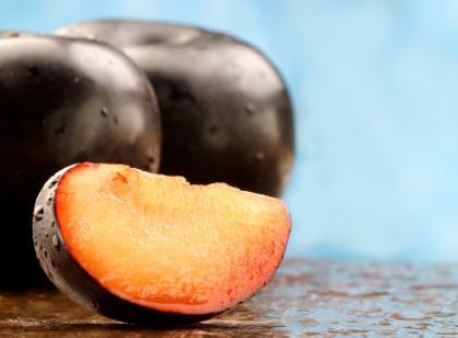 Owoce świeże kontra suszone