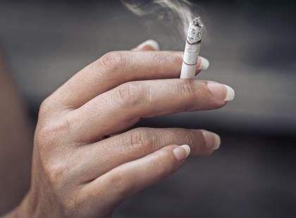 Palisz? Te kampanie sprawią, że dwa razy zastanowisz się, zanim znów sięgniesz po papierosa