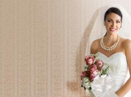 Panna młoda radzi: umowa na salę weselną