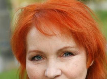 """Pasjonujący wywiad z Ewą Gogolewską-Domagałą - autorką książki """"Blondie$"""""""