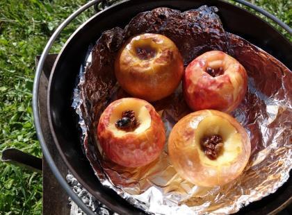 Pieczone jabłka z miodem - przepis