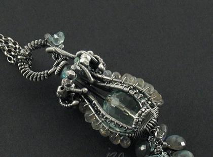 Piękna biżuteria Izy Malczyk