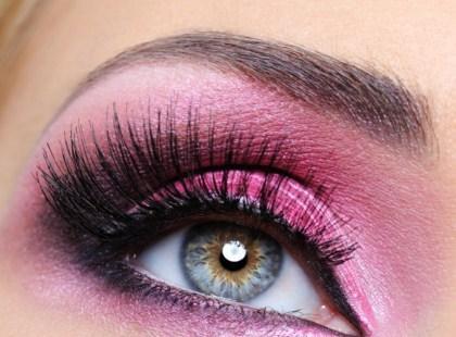 Piękne brwi - ozdoba oczu