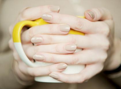 Pielęgnacja dłoni po zimie - rozwiązujemy 3 główne problemy