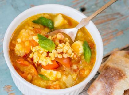 Pikantna zupa z soczewicą