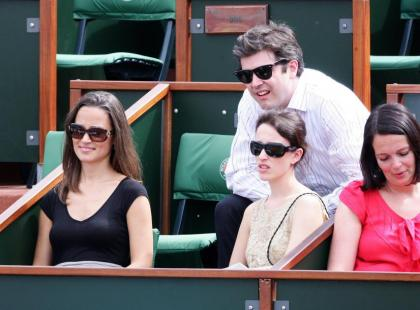 Pippa Middleton z przyjaciółmi w Paryżu