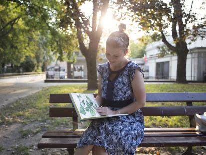 Pisać można wszędzie. To dlaczego Joanna Glogaza, autorka bloga Styledigger.com, porzuciła Kraków i wybrała Warszawę?