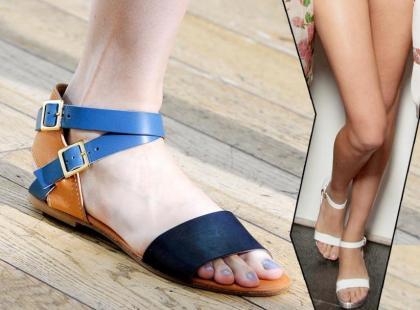 Płaskie sandały na lato 2011