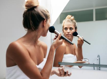 Podkład matujący powinien znaleźć się w każdej kosmetyczce. Tylko, który wybrać?