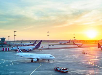 Podróżujesz tanimi liniami lotniczymi, a twój samolot się spóźnił? Możesz dostać za to odszkodowanie!