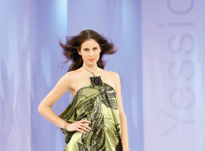 Pokaz damskiej kolekcji C&A na wiosnę i lato 2010