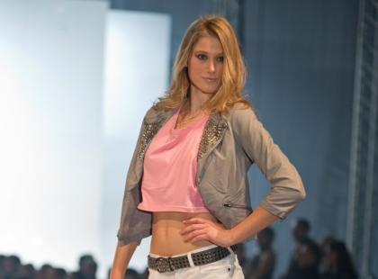 Pokaz damskiej kolekcji F&F Blue  - wiosna/lato 2010