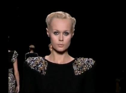 Pokaz kolekcji damskiej - Elie Saab wiosna/lato 2010
