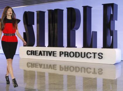 Pokaz Simple Creative Products na lotnisku - relacja