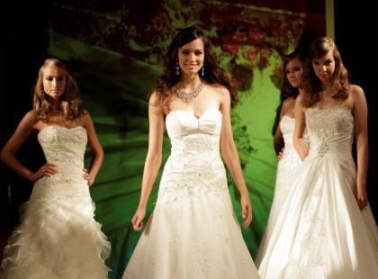 Pokaz sukni ślubnych Annais jesień/zima 2010