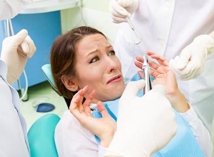 Polacy boją się znieczulenia u dentysty