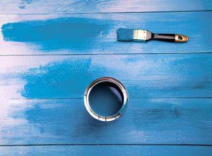 Pomaluj swoje meble. Sprawdź, jakie farby są najtrwalsze i którymi najłatwiej się maluje