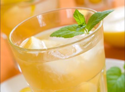 Pomarańczowy drink z szampana