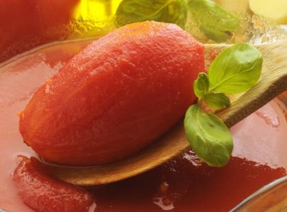 Pomidory w tradycyjnej zalewie