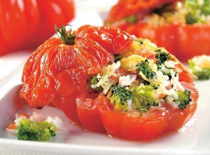 Pomidory zapiekane z brokułami