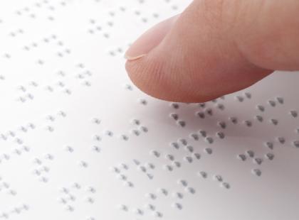 Pomoc dla osób niewidomych i słabowidzących - adresy fundacji i stowarzyszeń