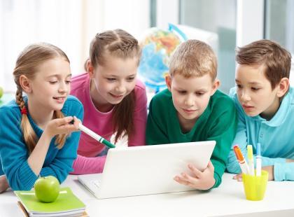 Pomysł na prezent gwiazdkowy dla dziecka – gry komputerowe