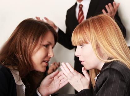 Poradnik - jak poznać emocjonalne wampiry w pracy?